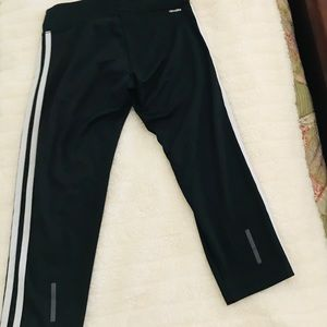 Adidas climalite 😎crop sport pants Size small